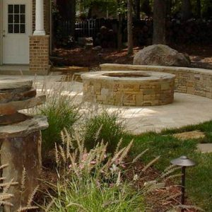 Construction of a stone fire pit