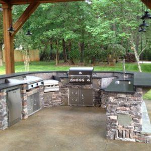 Fun Outdoor Living outdoor kitchen installation