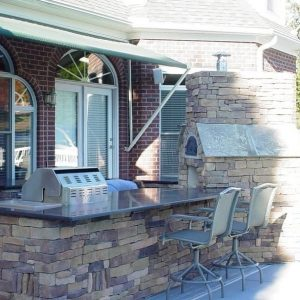 Fun Outdoor Living pizza oven installation