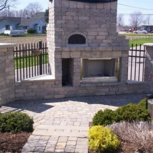 Fun Outdoor Living construction of a pizza oven