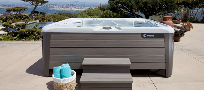 Pre-Owned Hot Tubs Family Image