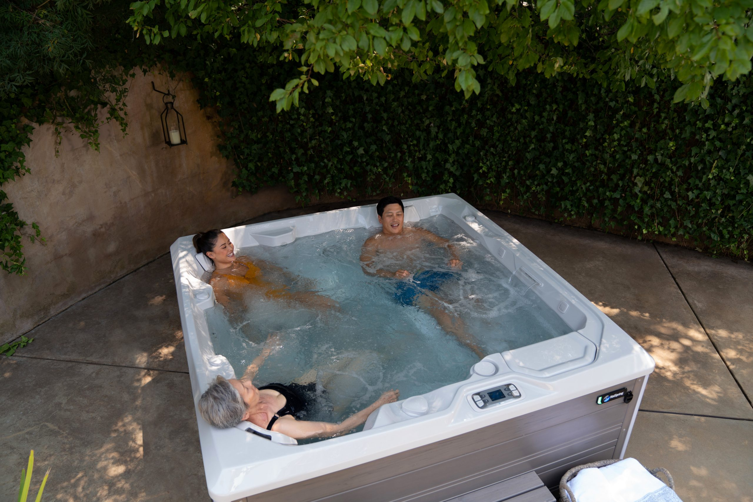 How Long Should You Stay In A Hot Tub?