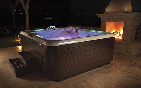 Hot Spring Grandee hot tub
