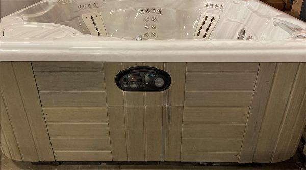 Used Vanguard hot tub