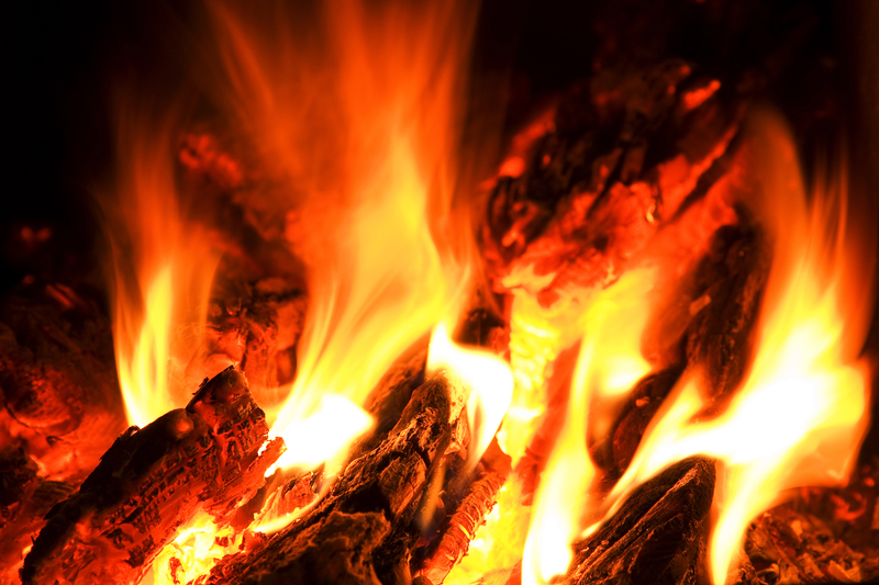 Different Heating Options for Stoves and Fireplaces
