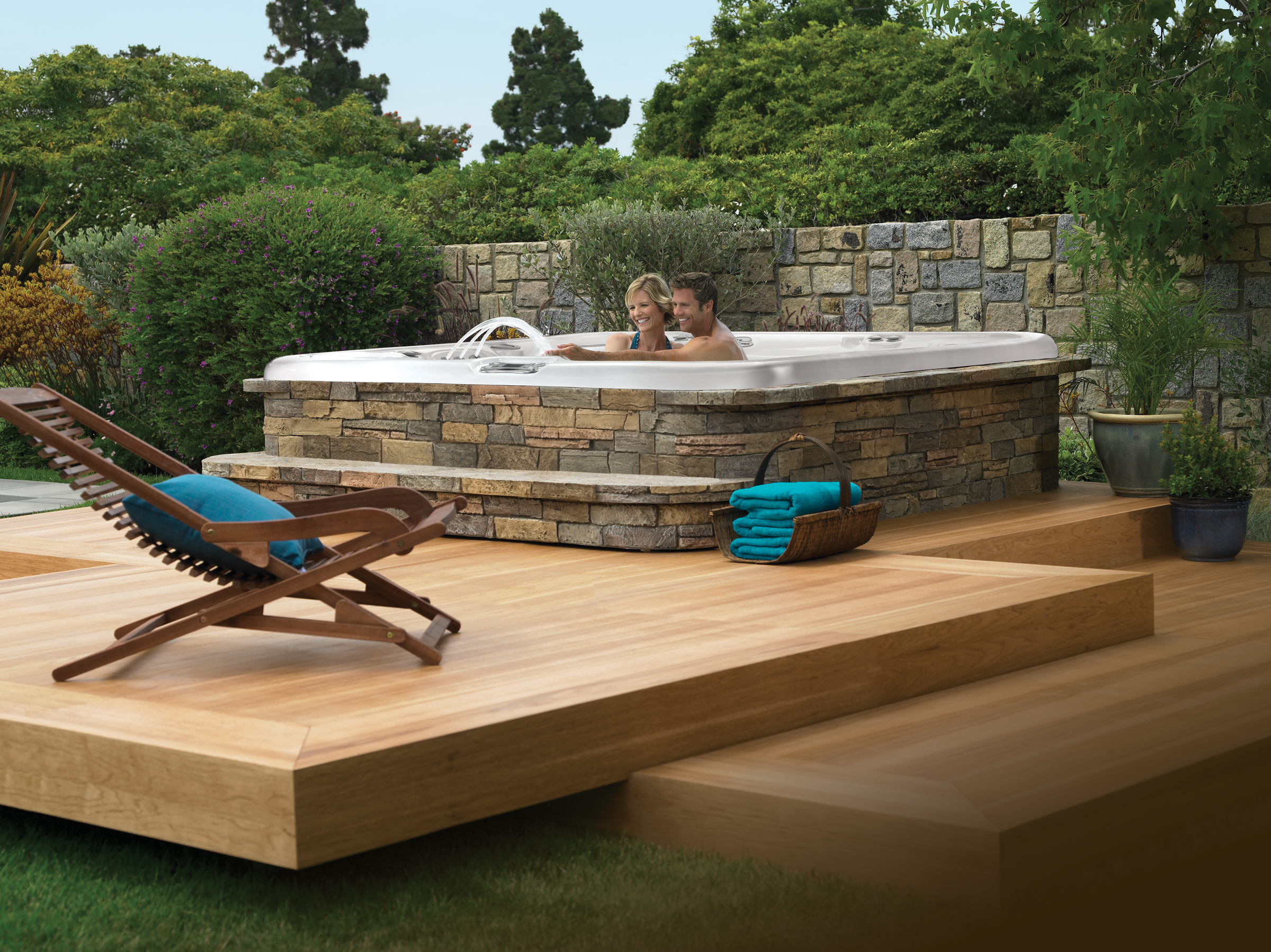 Building the perfect deck for your Hot Springs Spa