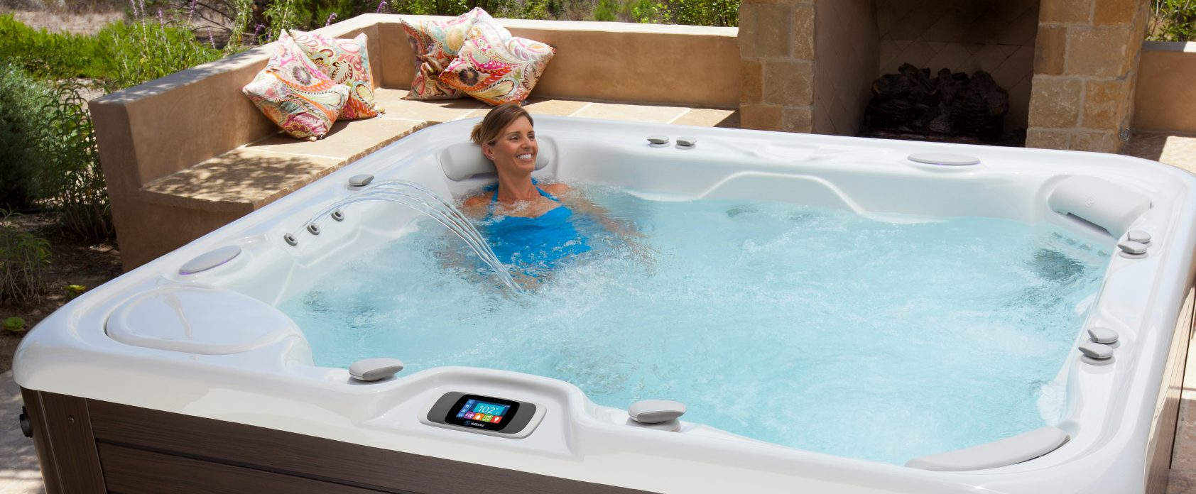 The 4 Best Arguments for Getting That Hot Tub