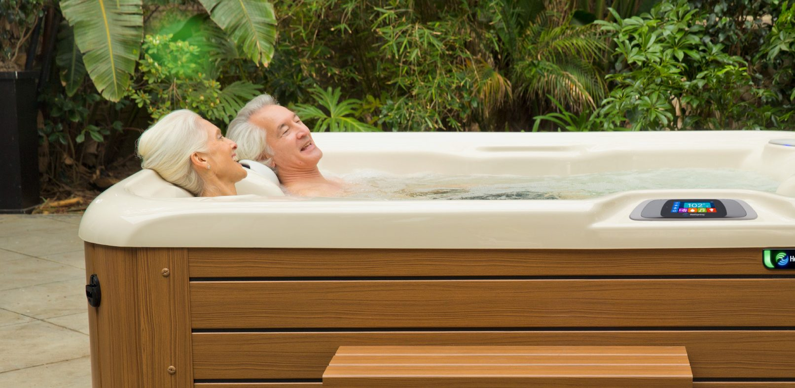 5 Illnesses Treated by Hot Tub Therapy