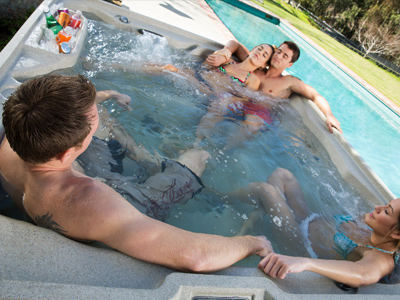 Freeflow Spas® Pre-Delivery Instructions Family Image