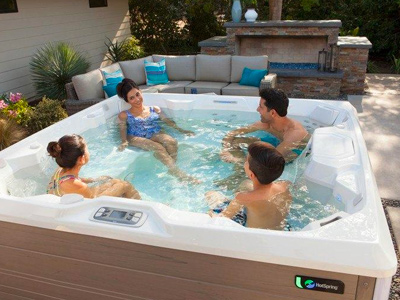 Hot Tubs 101 Family Image