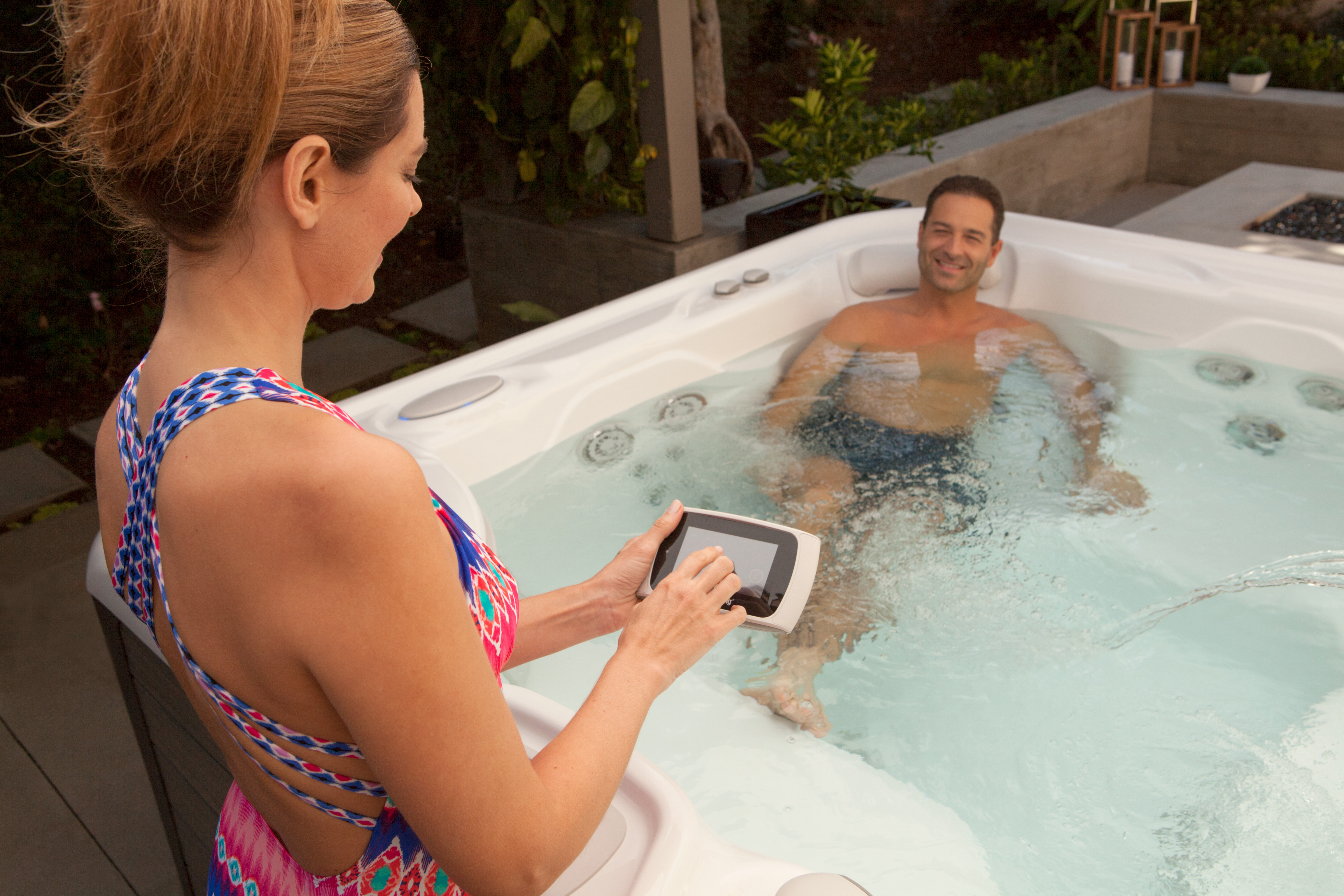 Highlife Hot Tubs: Features