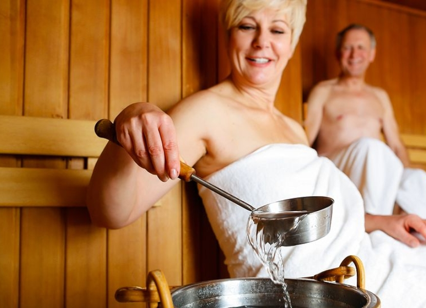 physical-therapy-sauna-health-benefits-1057x543