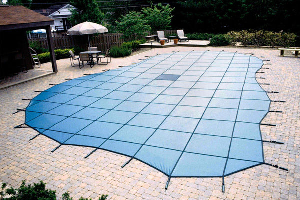 How To Choose The Best Swimming Pool Cover to Fit Your Needs