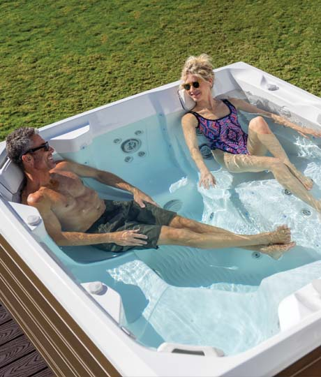 Hot Tub Buyer's Guide Family Image