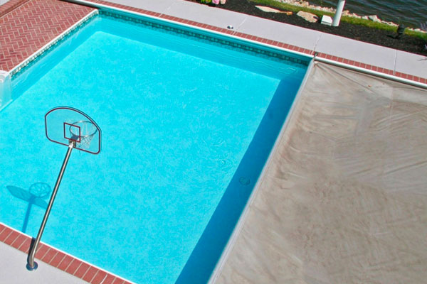 Automatic Pool Covers Family Image