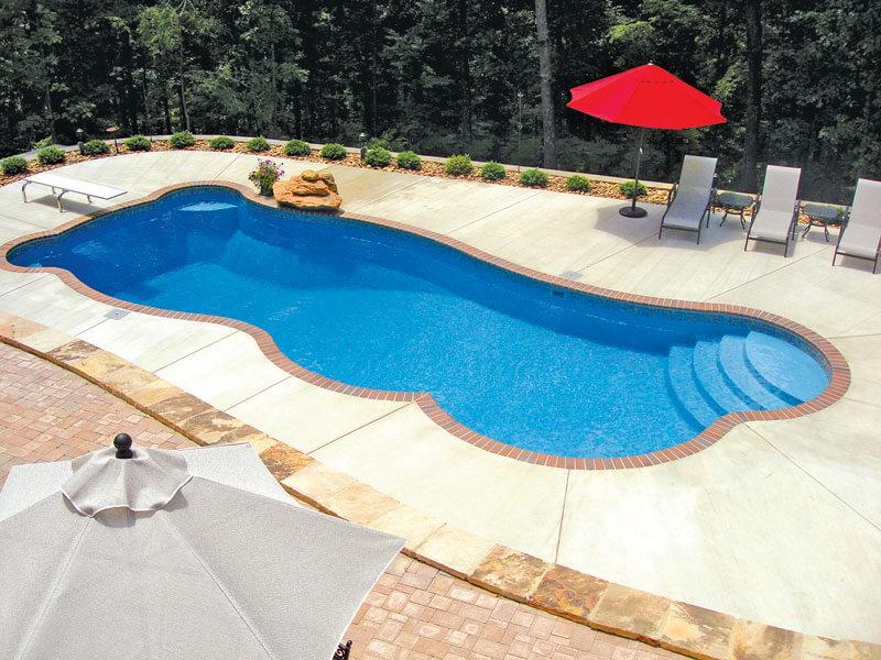 Viking Free Form Pools - Radiant Pool & Spa