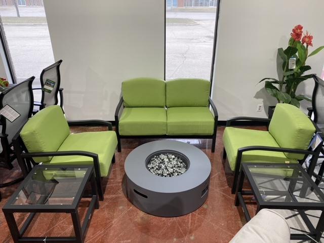 Mallin Furniture | Lifestyle Sun Room 1