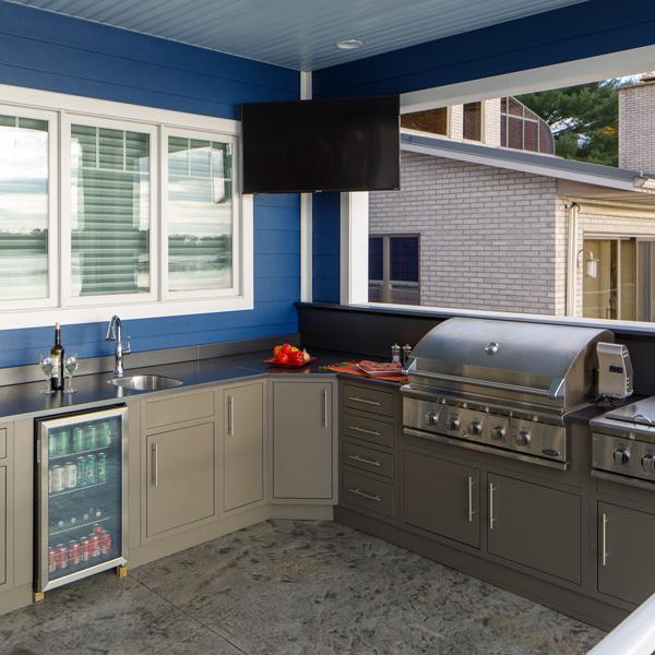 Best outdoor kitchen example