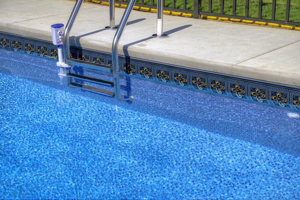 1000x660-tara-pool-liner-baton-rouge