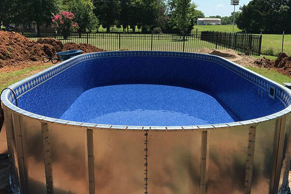 Stealth Pools Brochrues Family Image
