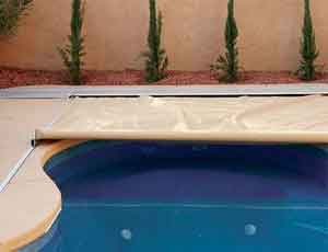 Latham Automatic Pool Covers Family Image