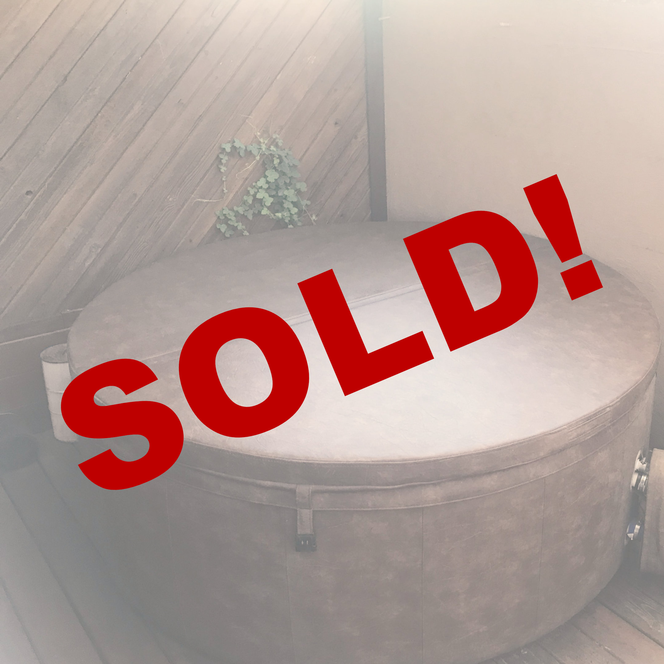 sold round chocolate hot tub @ Sweetwater Hot Tubz