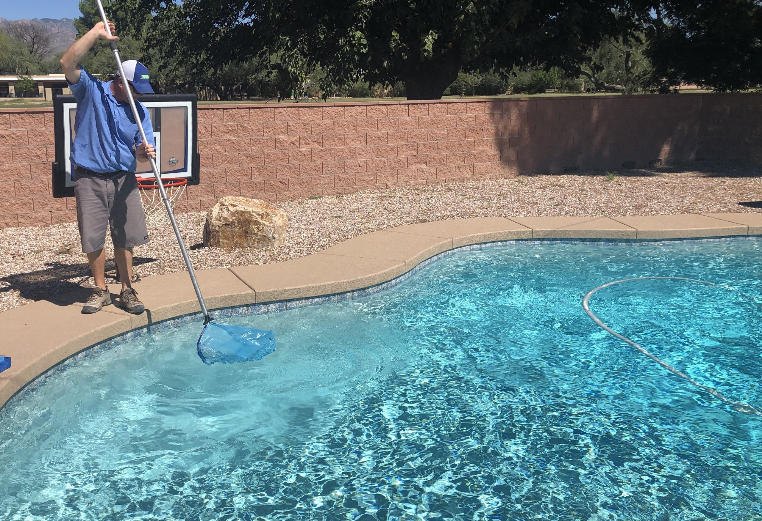 Pool cleaning service Tucson