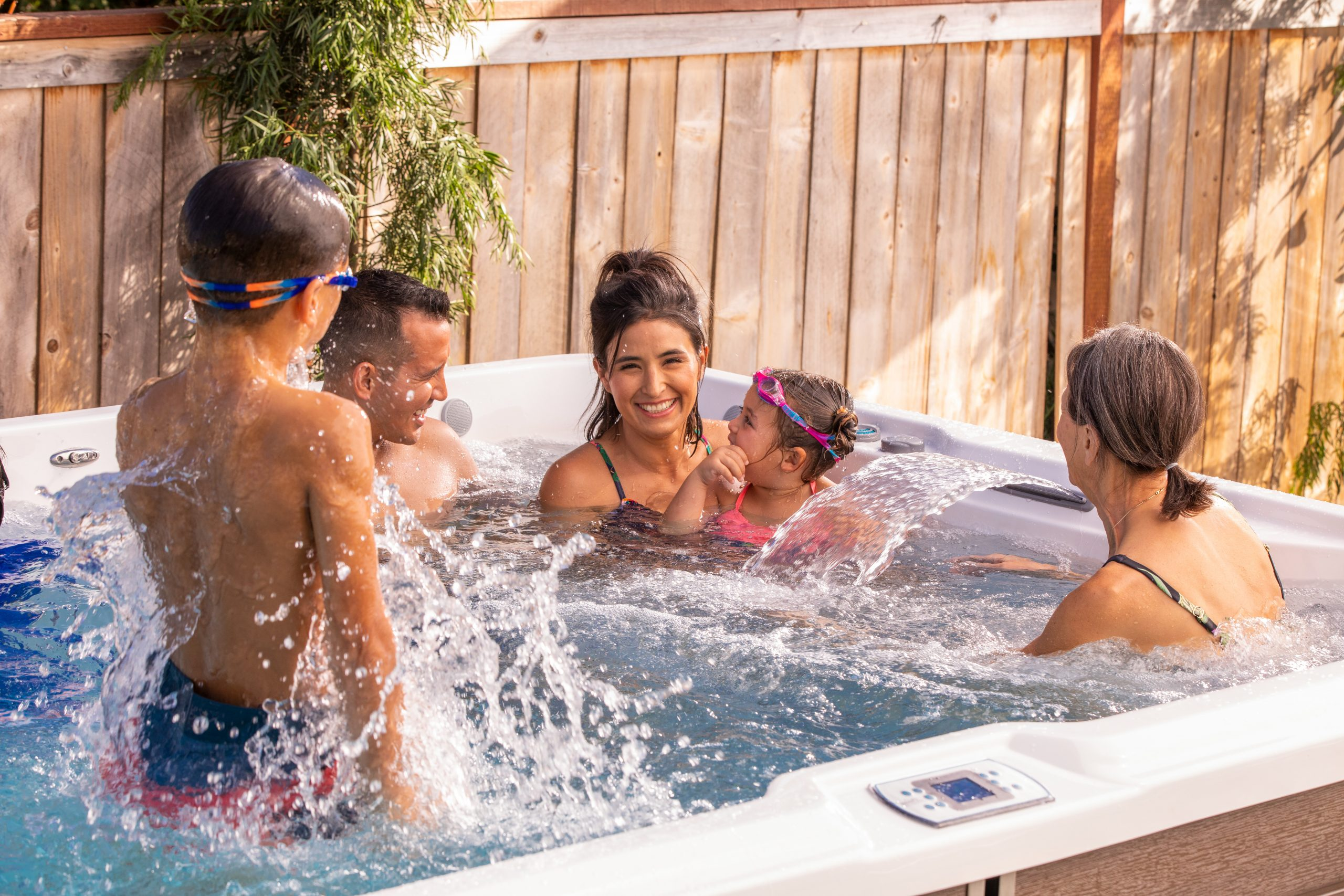 The Benefits of Spending Time with your Family in a Hot Tub
