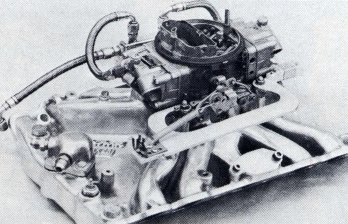 Edelbrock Torker manifold with Holley 850 cfm carb