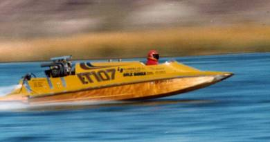 Banks/Brunette tunnel race boat