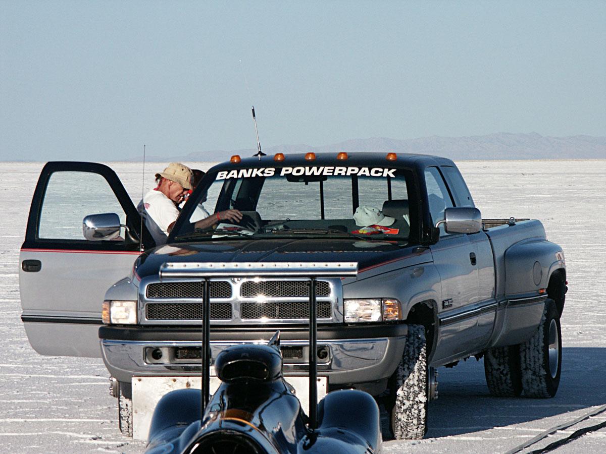 Banks Powered push truck
