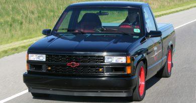 "Banks Shop Truck: Twin Turbo ""RatRod"""