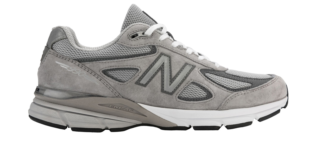 chunky dad sneakers shoes new balance runners
