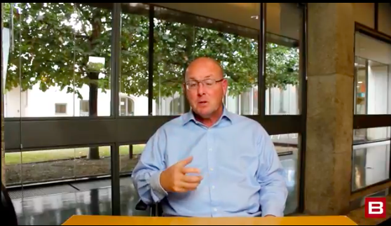 A day trading lesson with Nick Leeson. Source: Bizintra.com