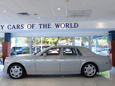 2007-Rolls-Royce-Phantom-Silver-Bespoke for sale