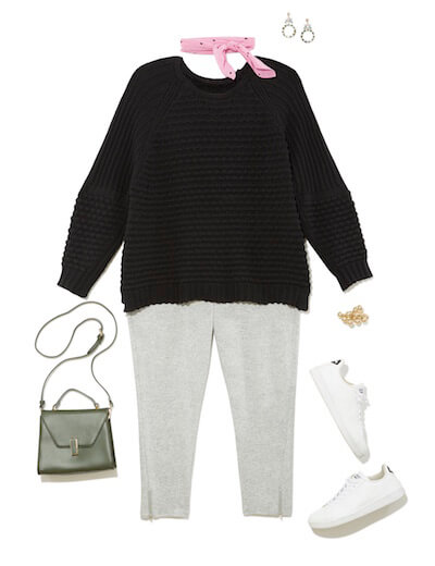 Leggings look with black sweater and neckerchief