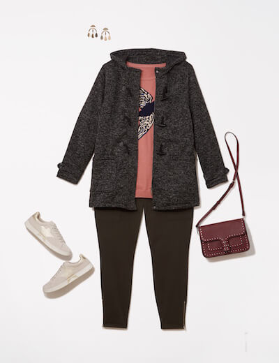 Leggings look with sweater and jacket