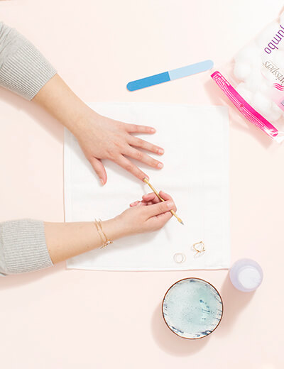 diy manicure push cuticles back
