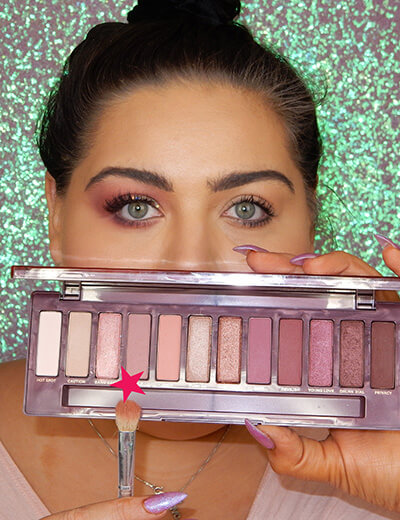 valentine's day victoria donelda eyeshadow palate