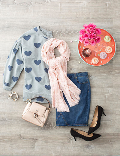 valentine's day plus size heart sweater pink scarf denim skirt