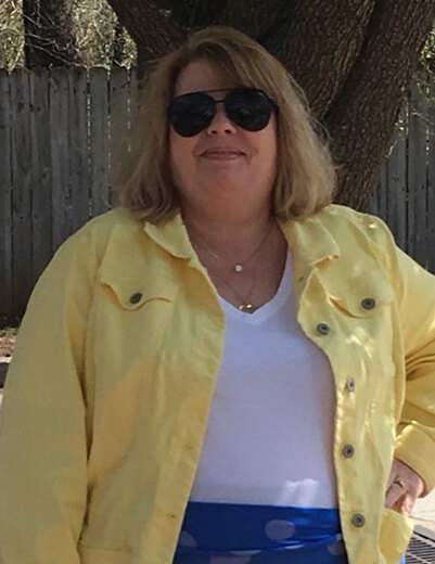 dressing for your age plus-size yellow denim jacket white tee jeans