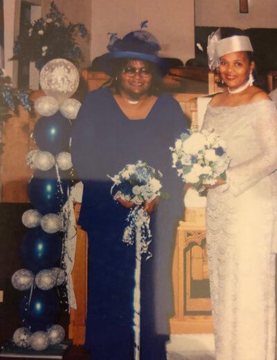 de'shantel odom-brown grandmom and aunt dee