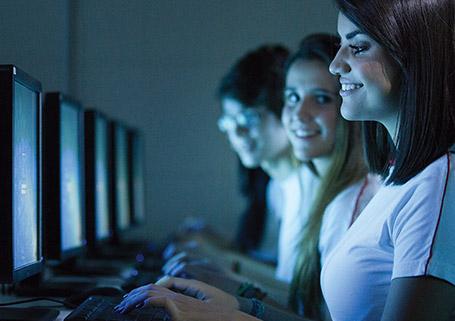 Centro Tecnológico com Laboratórios de Informática