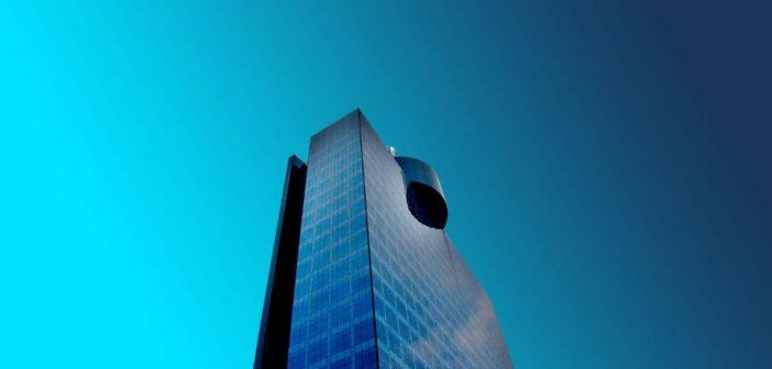 Publicidad de altura en el rascacielos más emblemático de CDMX