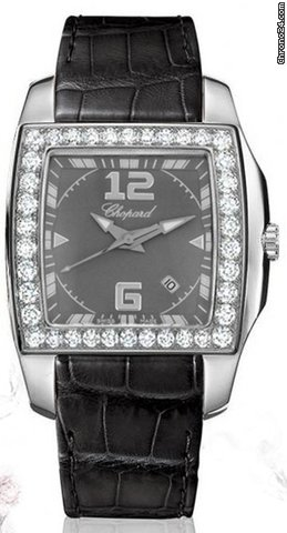 Chopard Two O Ten Stainless Steel & Diamonds ladies Watch, preowned.138464-2001