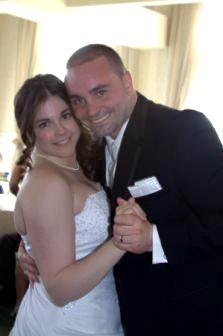 Ryan and Melissa Fol