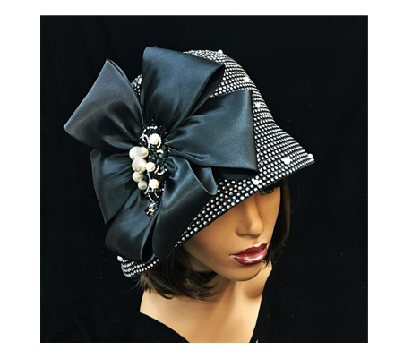 2275 Scotty ( Rhinestone Cloche With Magnificent Brooch )