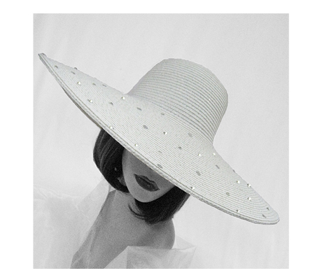 1808 Regina ( Poolside Hat With Brim Scattered With Sequins )