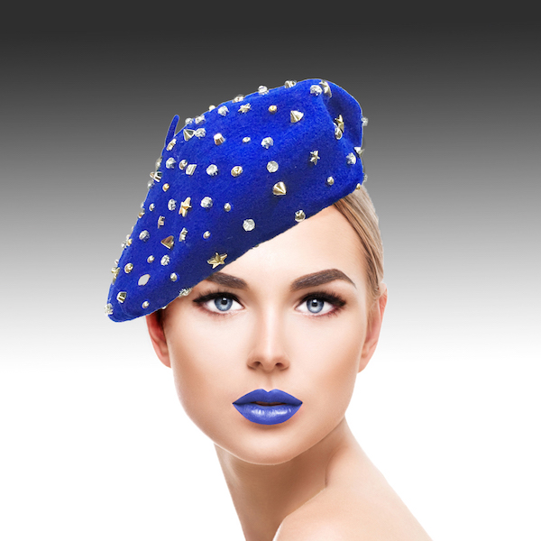 2129 Bistro Beret-RO ( Beret Sprnkled With Crystals And Studs )