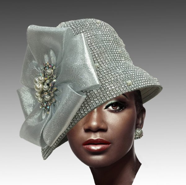 2275 Scotty-SI ( Rhinestone Cloche With Magnificent Brooch )